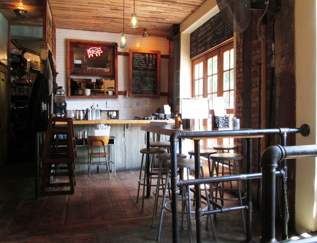 the interior of Ft. Reno BBQ (looking toward the front counter)